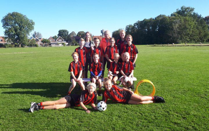 Teamfoto K.V. Mid-Fryslân / Jansma Burdaard D2 Seizoen 2019/2020
